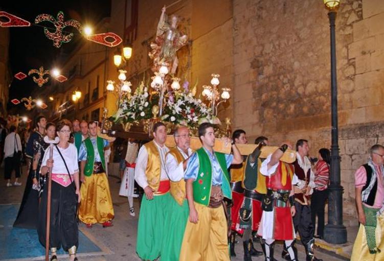 Nuestro calendario festero Tejidos Urrea Villena